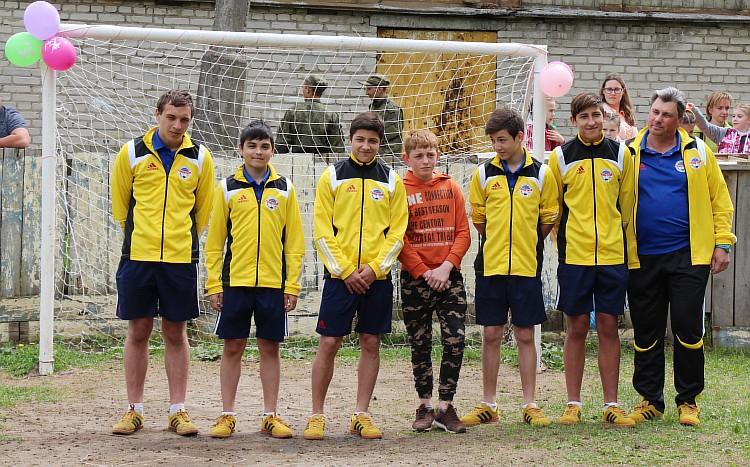 Resize of Футболисты Шаталовского детского дома