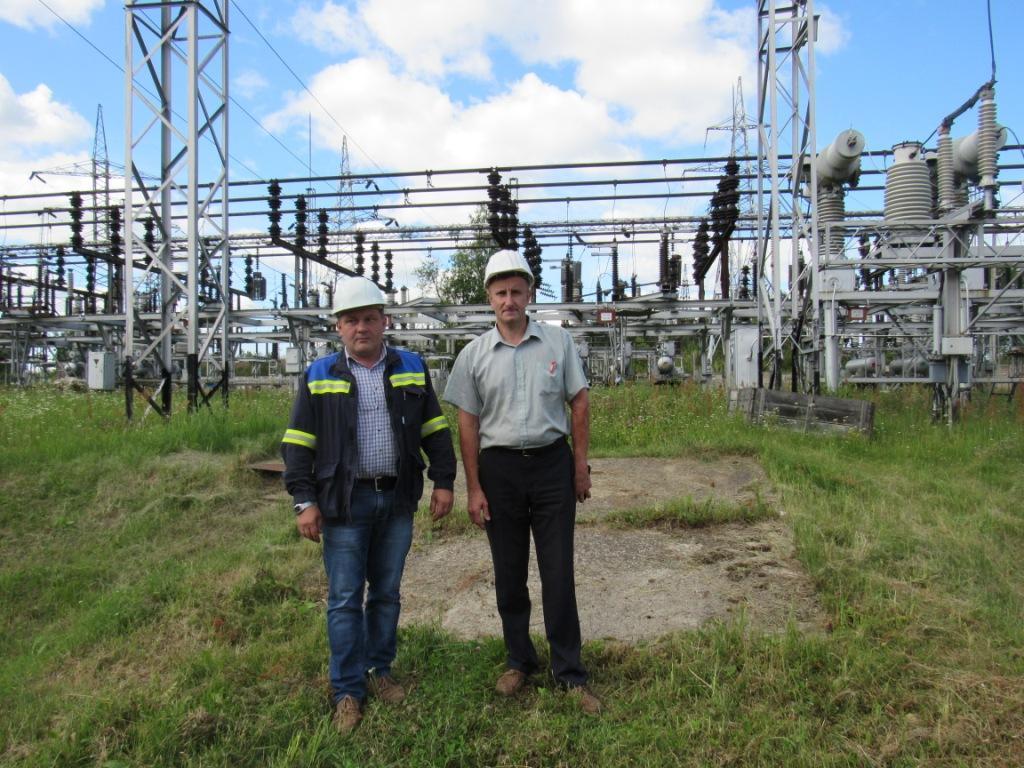 Начальник  электрического цеха Олег Гавриленков  и его заместитель Константин Михалевич