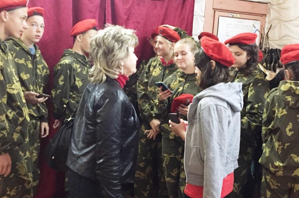 Нина Куликовских с участниками акции